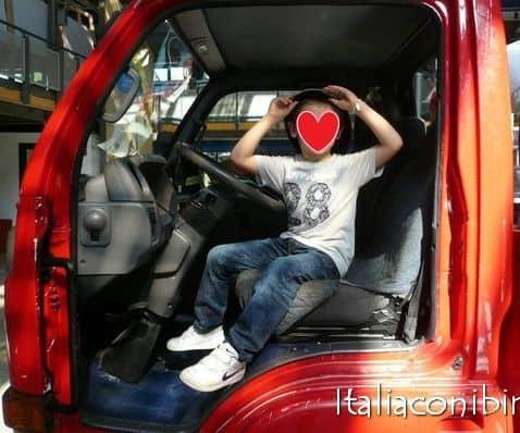 Roma con i bambini Explora camion dei pompieri