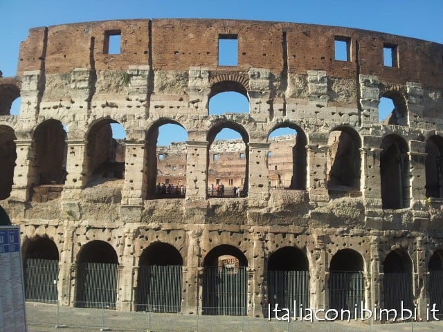 Roma con bambini: Colosseo