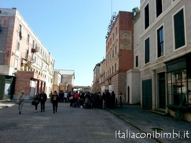 I set cinematografici a Cinecittà Roma