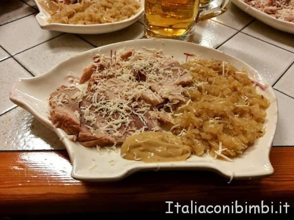 piatto di maiale da Pepi Sciavo a Trieste