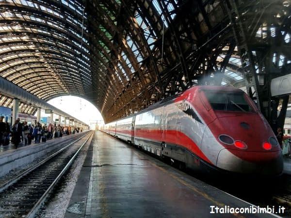 treno alla stazione di Milano