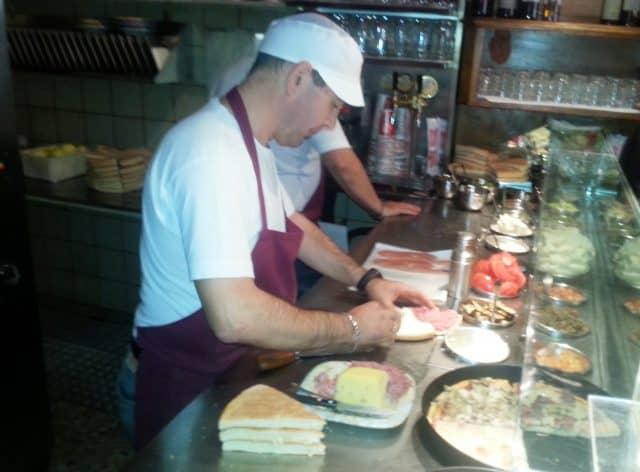 Dove mangiare a Firenze spendendo poco: focaccine Bondi