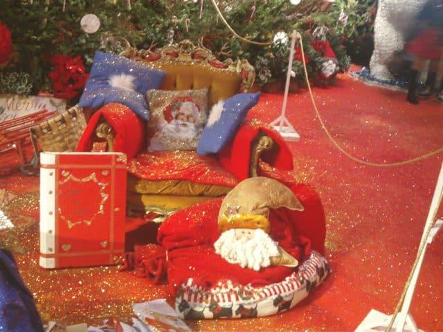 Oggetti Natalizi presenti nella casa di Babbo Natale a Montecatini