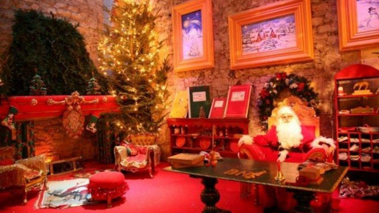 Babbo Natale A Casa Dei Bambini.La Casa Di Babbo Natale Di Montecatini Italia Con I Bimbi