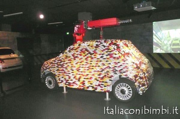 Torino con i bambini: macchina al museo dell'automobile