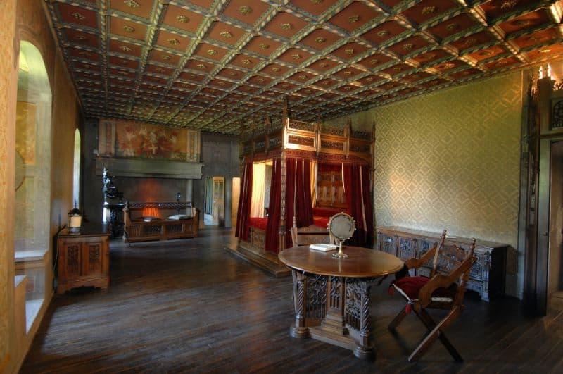 Torino-Borgo-Medievale-camera-da-letto
