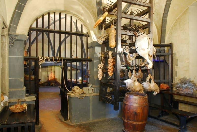 Torino-Borgo-Medievale-cucine
