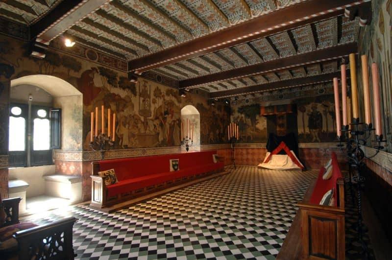 Torino-Borgo-Medievale-sala-baronale