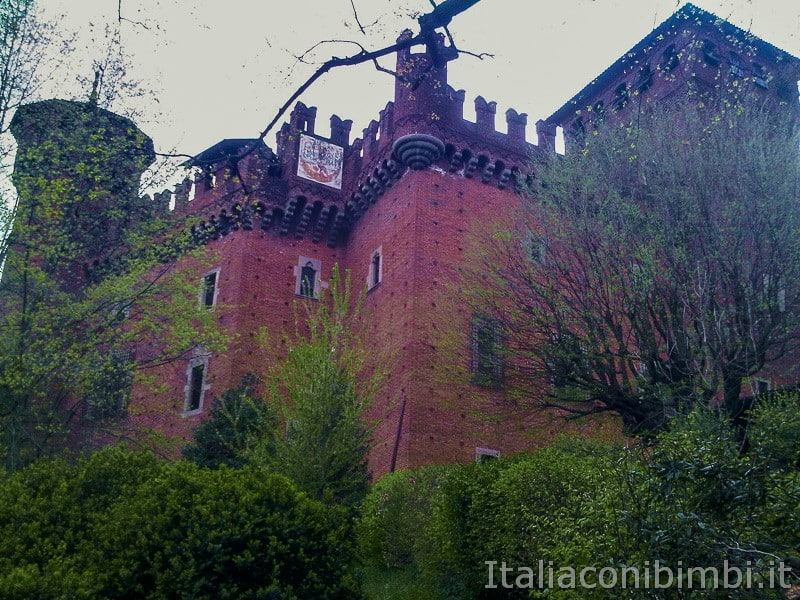 Torino - borgo medievale castello