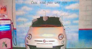 Torino - museo dell'automobile - auto nel muro