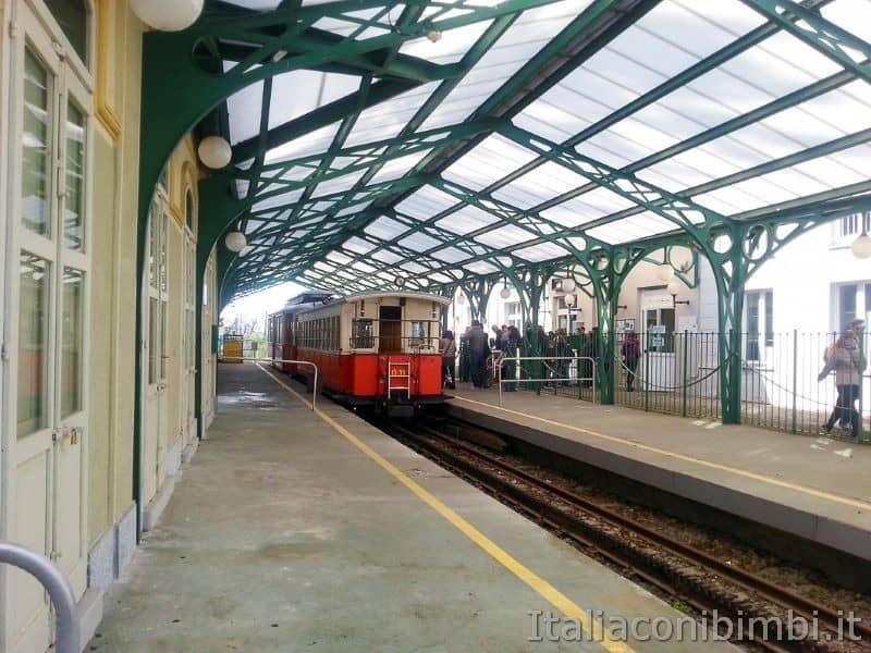 Torino - tranvia Sassi Superga stazione