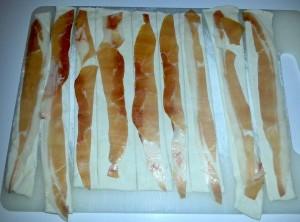 striscioline di pasta sfoglia per i salatini