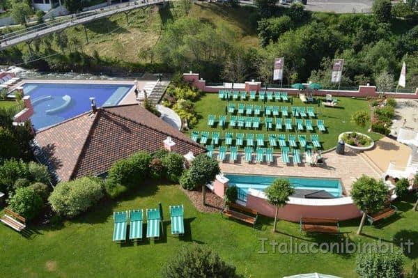 Cavallino Bianco Ortisei piscine dall'alto