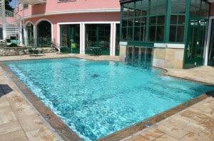 piscina cavallino bianco di ortisei