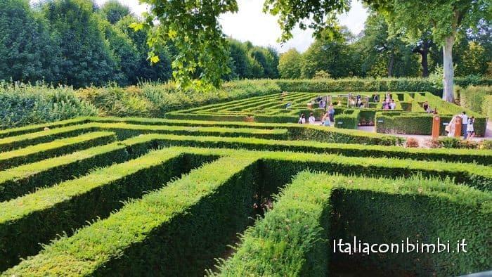 Vienna con i bambini labirinto di Schonbrunn