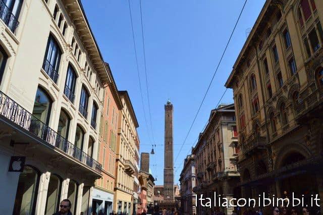 Bologna centro durante il Torri Tour