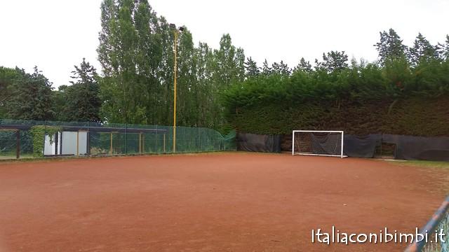 campo da calcio al parco Fucoli