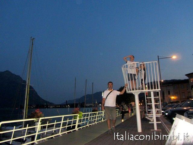 Gita in motonave sul lago d'Iseo con bambini