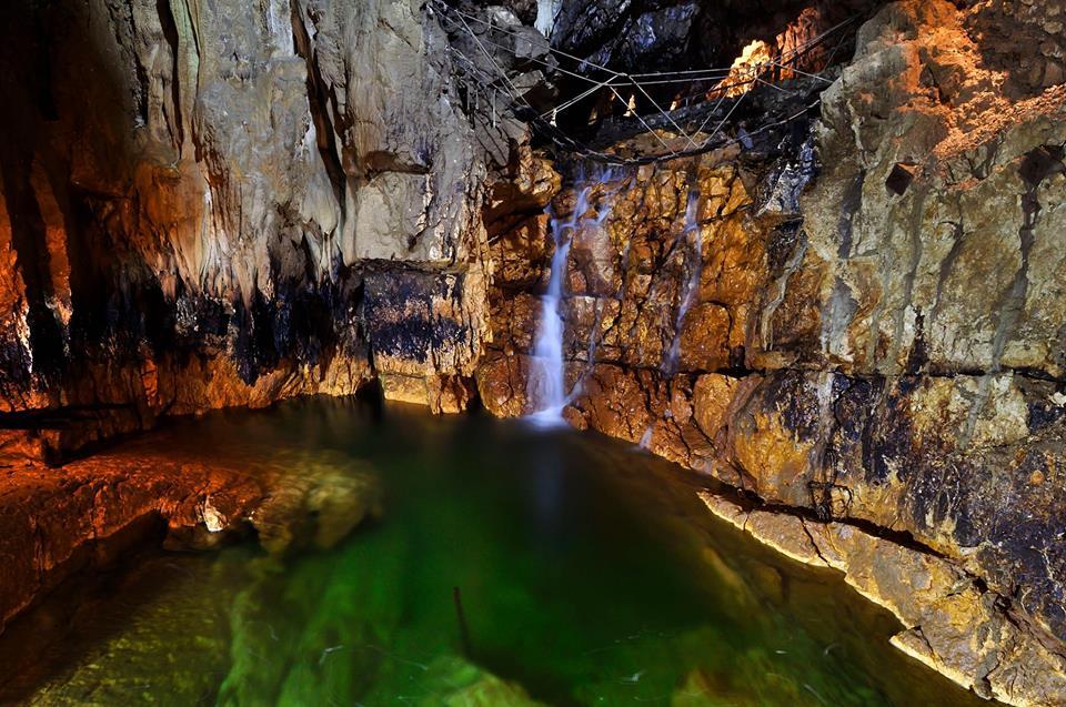 Grotte di Stiffe cascata