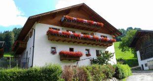 esterno maso Oberglarzhof a Funes