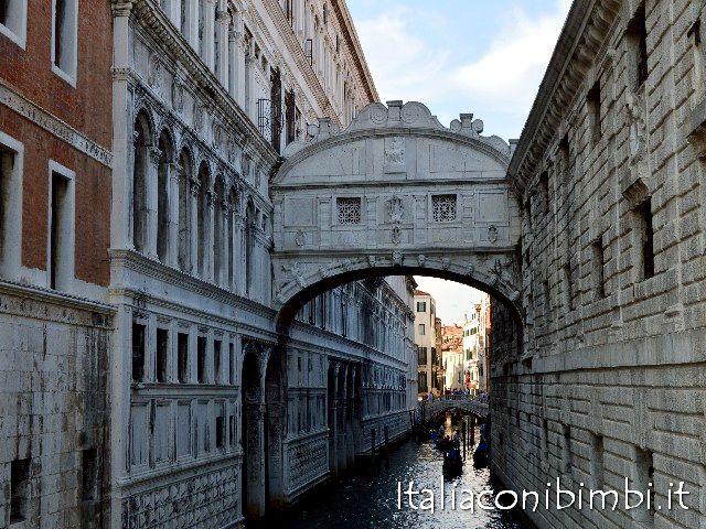 Ponte dei Sospiri a Venezia