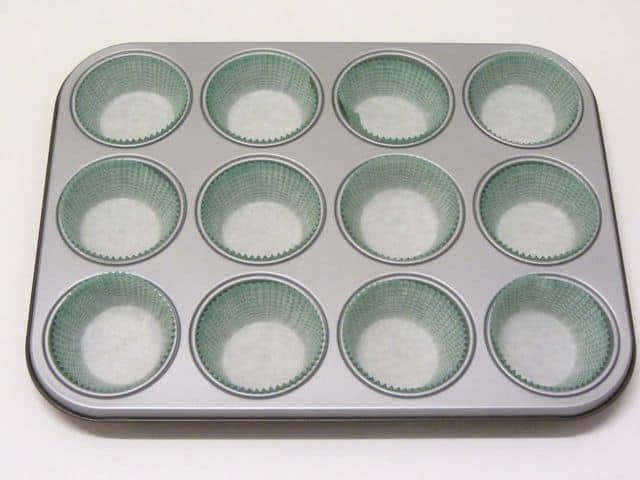 stampo-per-muffin-con-i-pirottini
