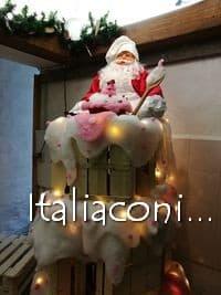 Pasticceria di Babbo Natale al mercatino di Mombaroccio