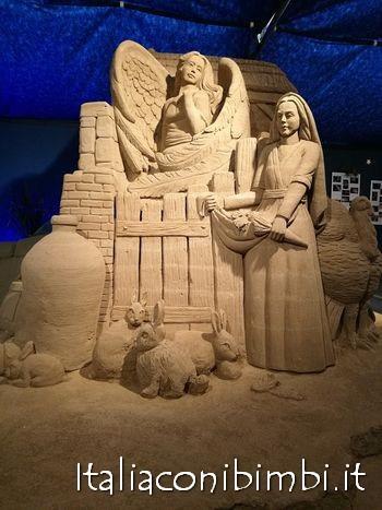Contadina nel presepe di sabbia di Bellaria Igea Marina