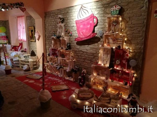 pasticceria nella casa di Babbo Natale a Mombaroccio
