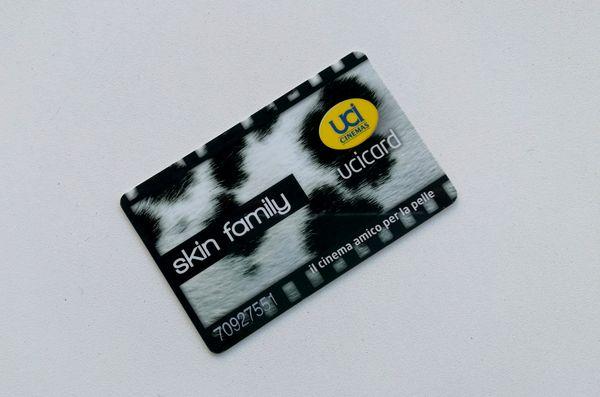 Skin family: la card per avere gli sconti al cinema