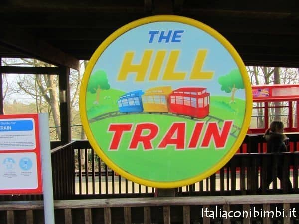 Hill train dentro Legoland Windsor