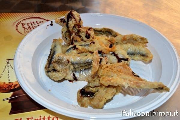 alici fritte dell'Osteria Caserma Guelfa