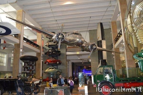mezzi di trasporto al museo della scienza di Londra