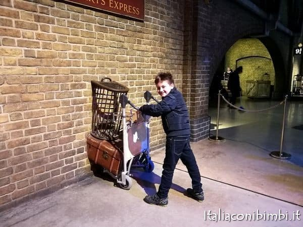 Binario nove e tre quarti agli Harry Potter Studios