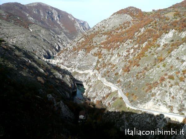 Gole del Sagittario nel Parco nazionale d'Abruzzo