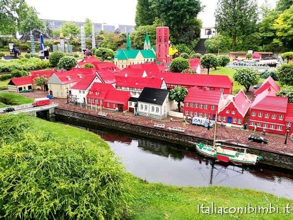 paesaggi danesi a Miniland di Legoland Billund