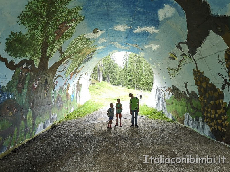 Panaraida-tunnel-dipinto