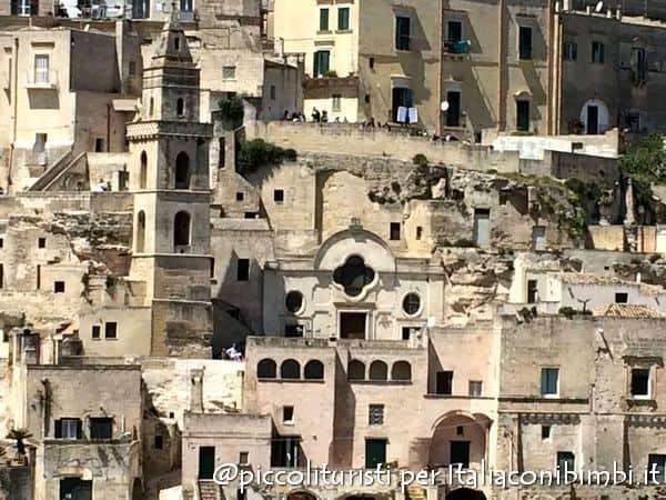 Veduta della chiesa di San Pietro Barisano dal Sasso Caveoso a Matera