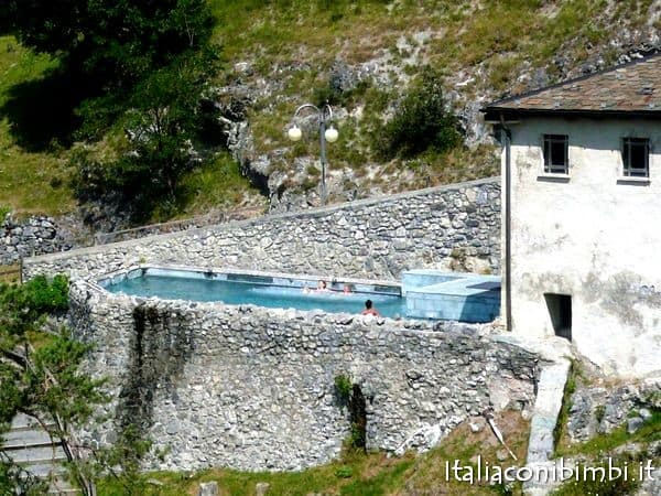 piscina esterna dei Bagni do Bormio