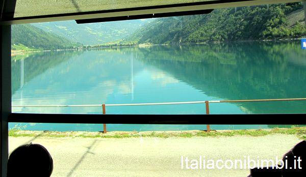 finestrino del trenino rosso del Bernina