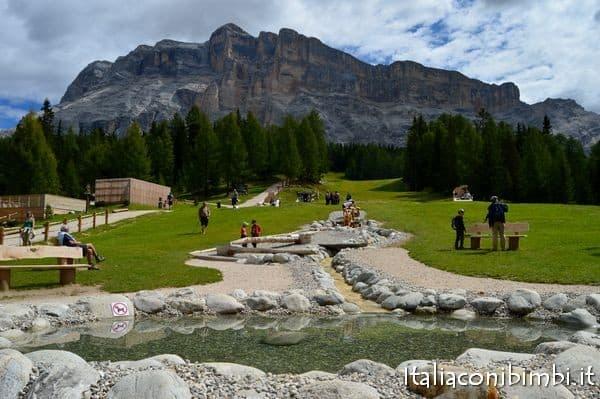 giochi d'acqua al Summer Park La Crusc in Val Badia