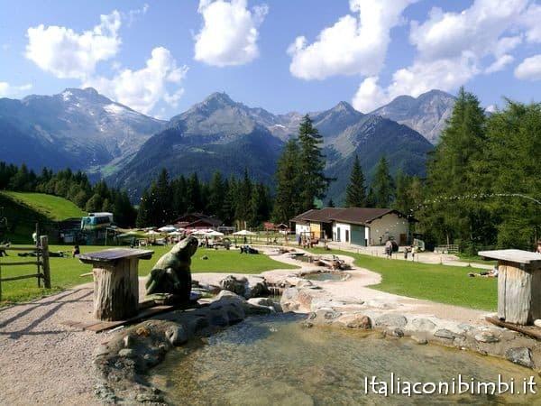 Schizzi d'acqua al Family Park di Klausberg in Valle Aurina
