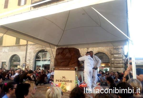sculture di cioccolato a Eurochocolate di Perugia