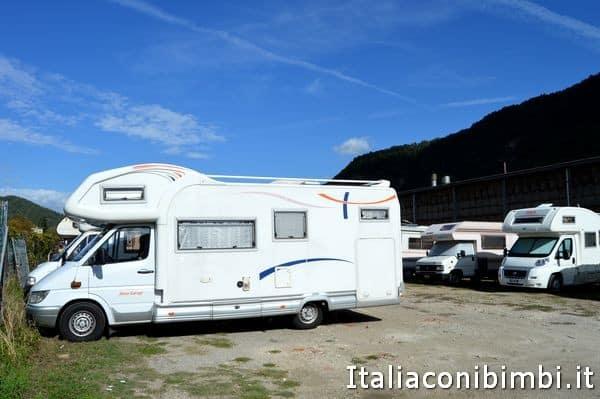 parcheggio camper alla sagra delle castagne di Marradi