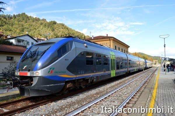 treno alla stazione di Marradi