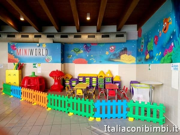 Babyparking ad Acquaworld
