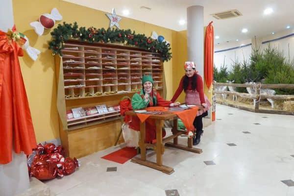 Ufficio-postale-paese-del-Natale-Chianciano foto di Giorni Rubati