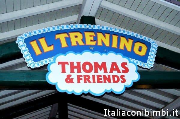 insegna del trenino Thomas a Leolandia