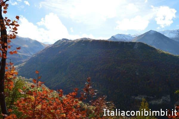 vista dal sentiero natura di Bolognola
