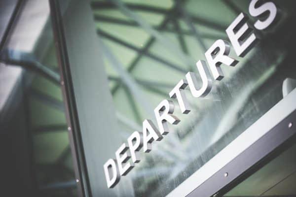departures-airport-sign-picjumbo-com